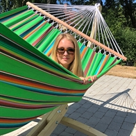 Strong hammock comes in the most beautiful colors with 160 cm wooden spreader bars. No. VTQ555.